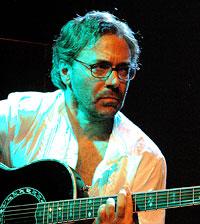 Al Di Meola (c: Wolfgang Gonaus)