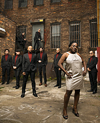 Sharon Jones & The Dap Kings (c: Jacob Blickenstaff)