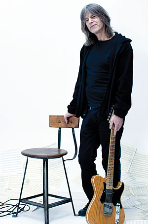 Mike Stern (c: Sandrine Lee)