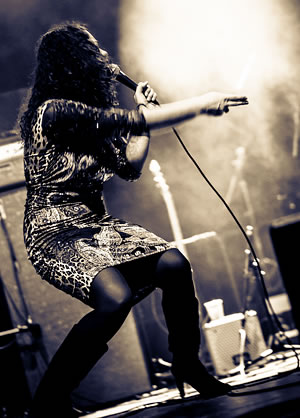 Meena Cryle (c: J. Wahl)