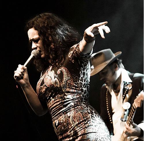 Meena Cryle & Chris Fillmore (c: J. Wahl)